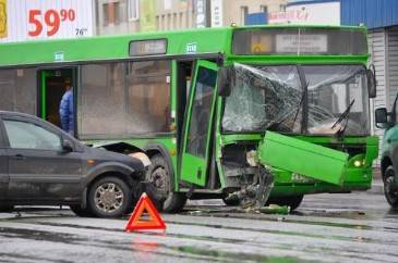 Bus Accident Settlement Offers