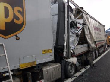 Edmonds Truck Accident Lawyer